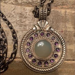 Jewelry - Vintage sterling silver pendant